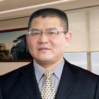 王朝日 - 建旗战略发展顾问